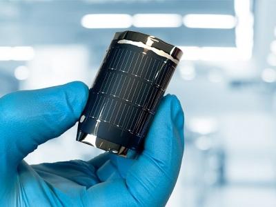 Célula solar flexível bate recorde com 21,4% de eficiência