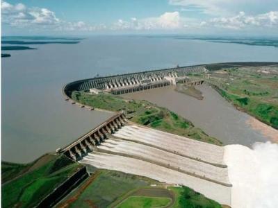 Componentes de usinas hidrelétricas