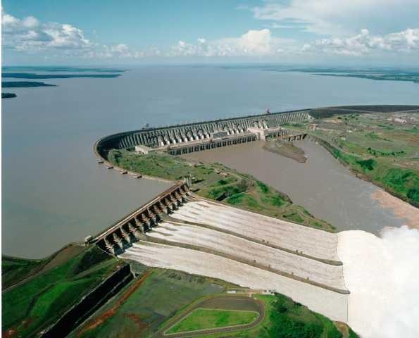 Inforçações turbinas pelton, hidreletrica, eólica e roda d'agua